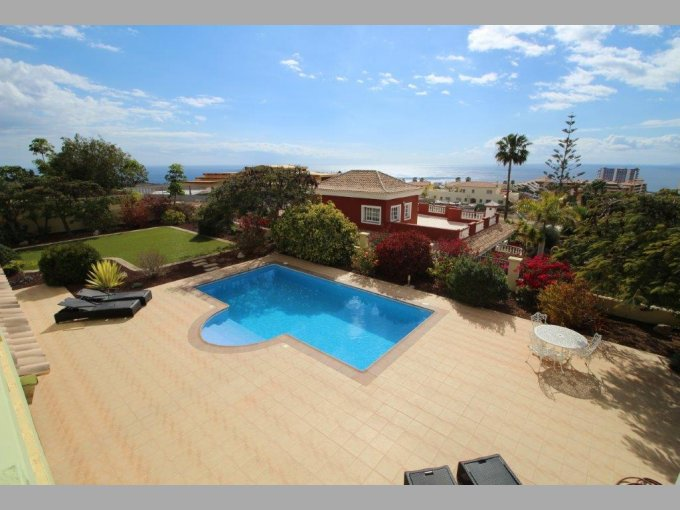 Luxury Villa in Playa Paraiso, Tenerife