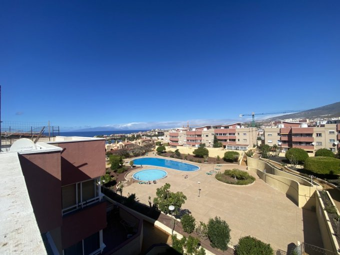 Top Floor Apartment in La Pineda, Tenerife