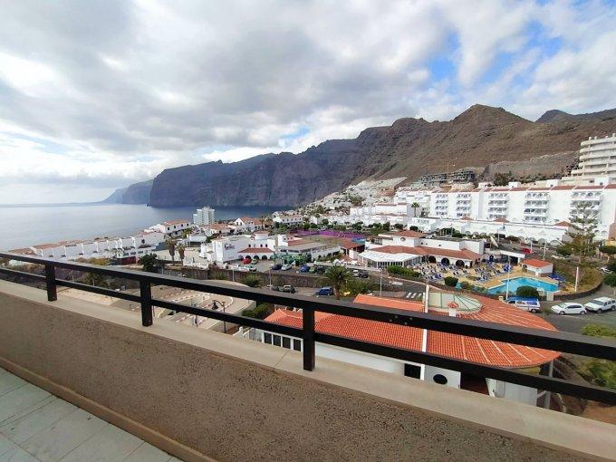 Penthouse Apartment in Los Gigantes, Tenerife