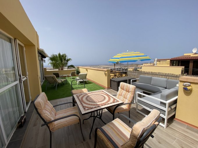 Penthouse Apartment in Moncayo, Tenerife