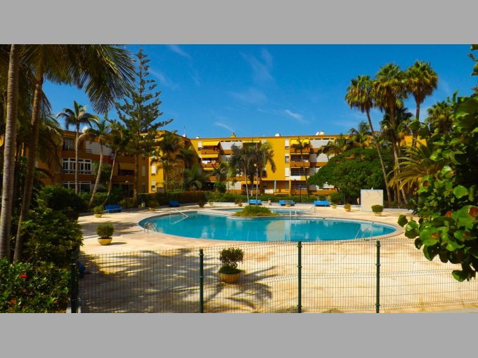 Apartment in Residential Los Cristianos, Tenerife