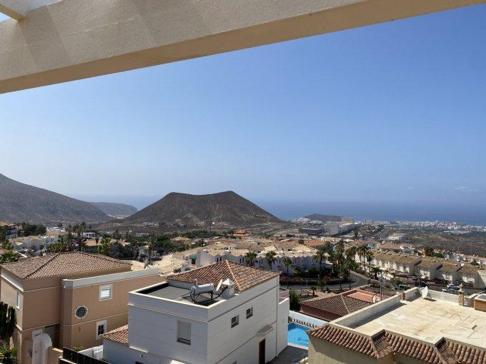 Linked house in Chayofa, Tenerife