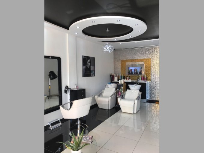 Freehold Local for Sale In Playa de Las Americas, Tenerife