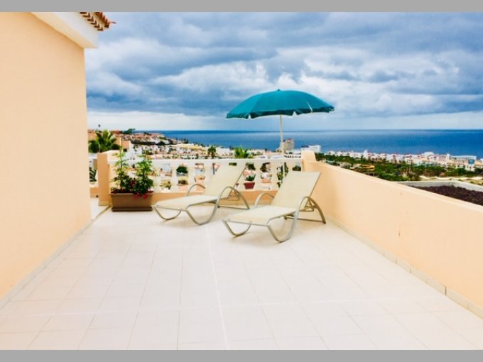 Large Studio Apartment in Paradise Court, Tenerife