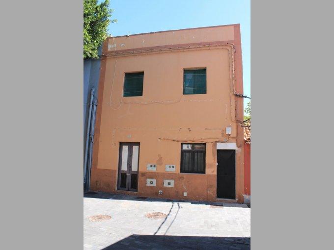 Building with 3 Apartment in Granadilla, Tenerife