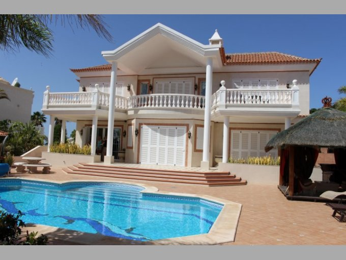 Luxury Villa in Adeje Golf, Tenerife