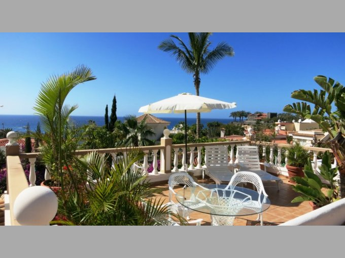 Villa in Parque la Duquesa, Tenerife