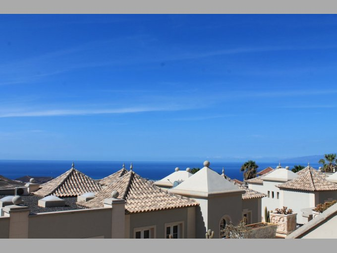 Townhouse in Las Lomas II, Tenerife