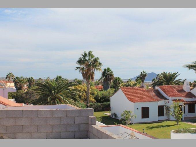 Villa in Fairway Village, Tenerife