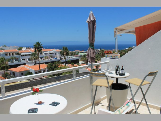 Studio Apartment in Island Village Heights, Tenerife