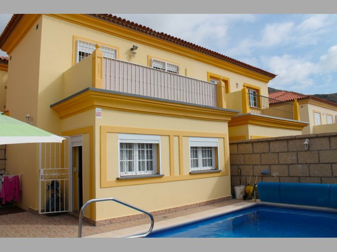 Semi-detached Villa in El Madronal, Tenerife