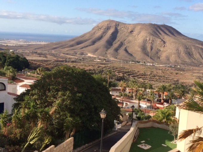 Corner Townhouse in Las Lomas, Tenerife