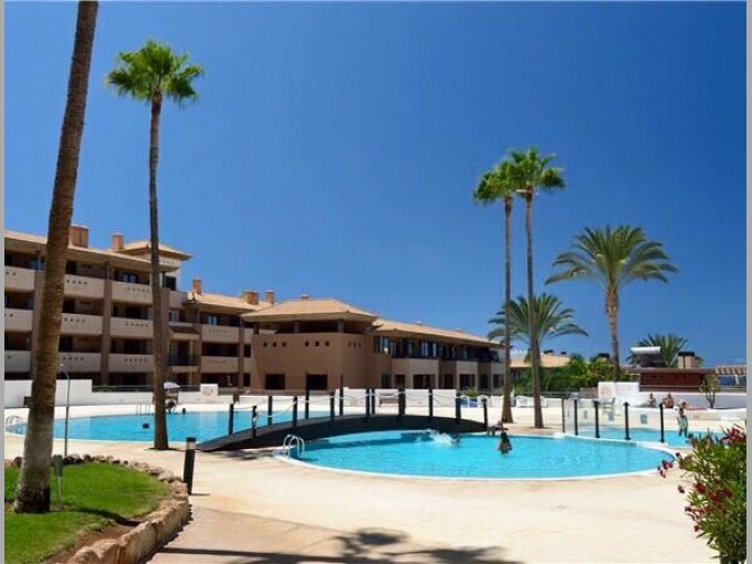 Townhouse in Residencial Paraiso I, Tenerife