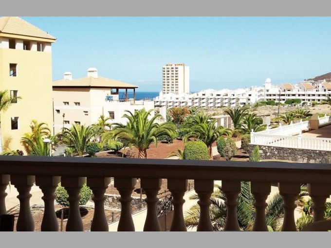 Apartment in Parque Tropical 2, Tenerife