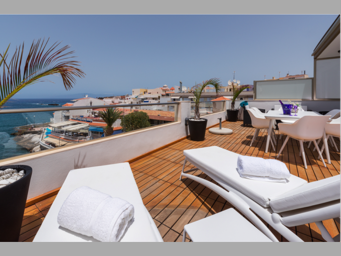 Apartment in Marina de La Caleta, Tenerife