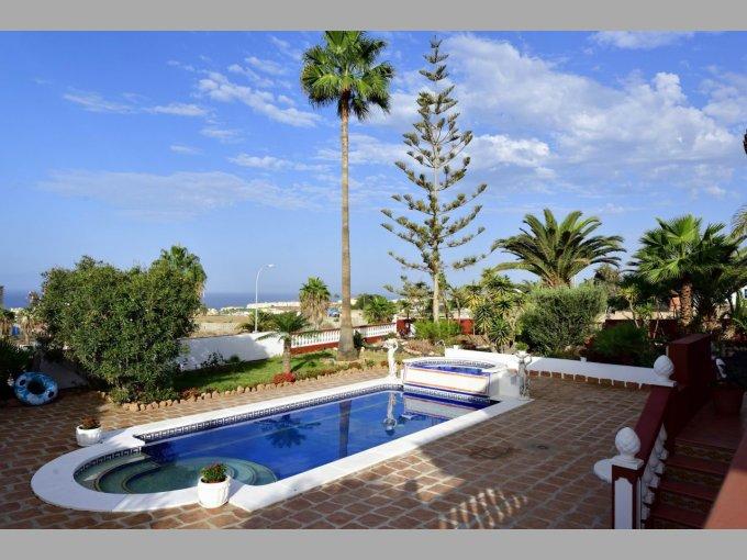 Villa in Playa Paraiso, Tenerife
