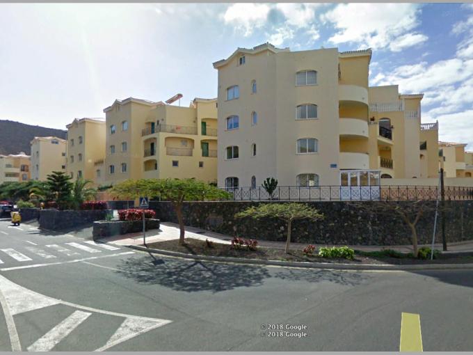 Enclosed Garage in Los Cristianos, Tenerife