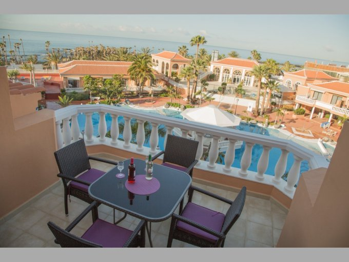 Duplex Apartment In Tenerife Royal Gardens