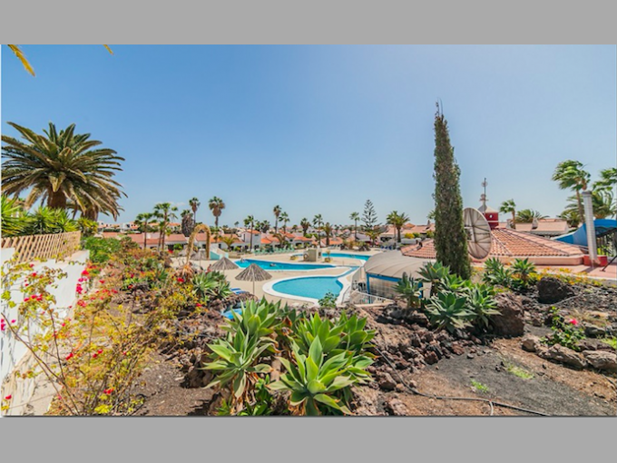 Pool Bar in Golf del Sur, Tenerife