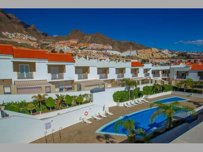 Townhouse in Oasis de Fanabe 1, Tenerife