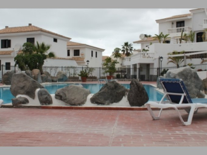 Townhouse in Los Halcones, Tenerife