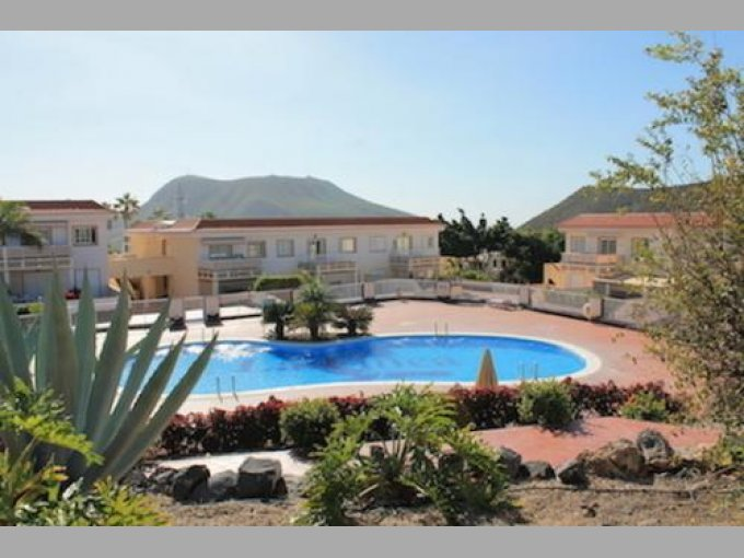 Townhouse in La Finca, Tenerife