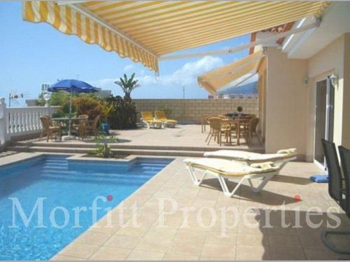 Villa in Playa De La Arena, Tenerife