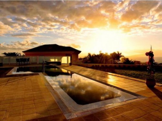 Luxury Villa in Playa Paraiso, Tenerife